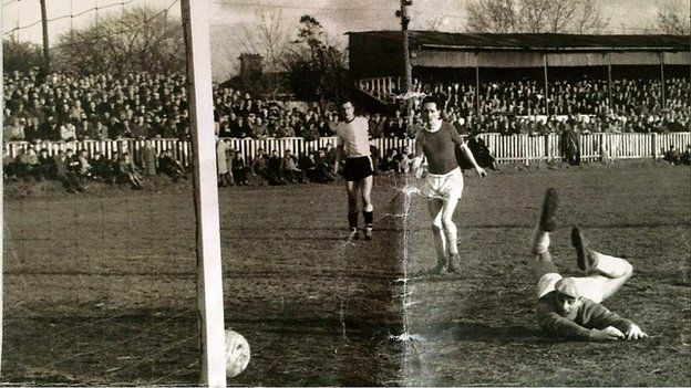 Jimmy Hasty scoring a goal