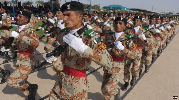 Pakistani paramilitary rangers parade, November 2014