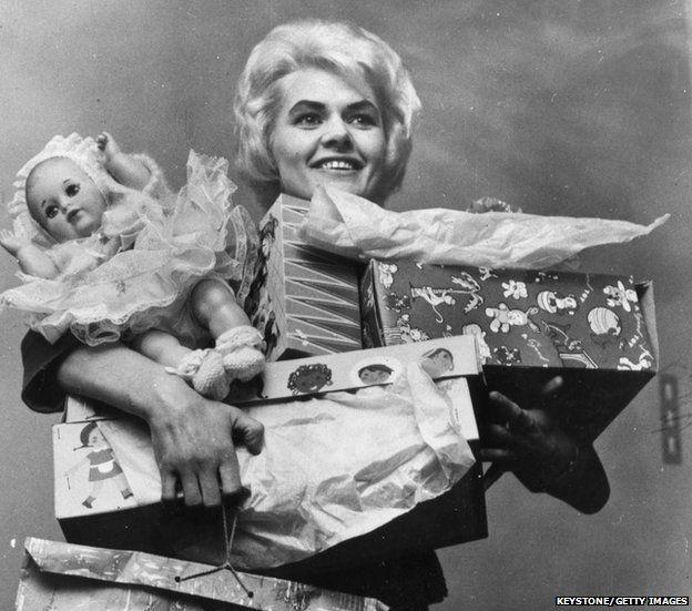 Viv Nicholson pictured in 1961