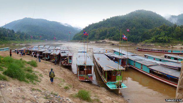 River boats at Pak Beng