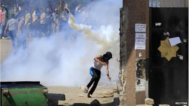 Clashes between police and Muslim Brotherhood in Cairo (May 2014)