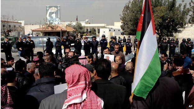 Muslim Brotherhood supporters in Amman (Feb 2015)