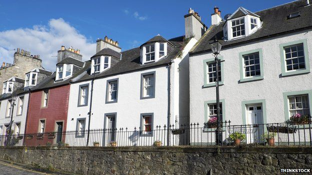 houses in South Queensferry, Scotland