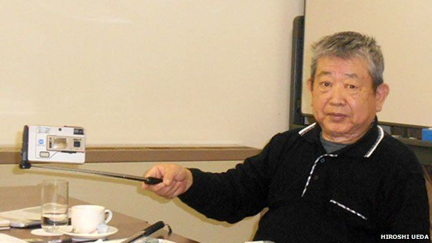 Hiroshi Ueda with his extender