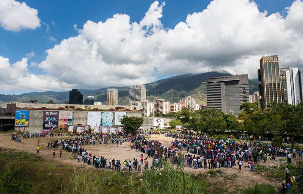 Supermarket queue, Venezuela