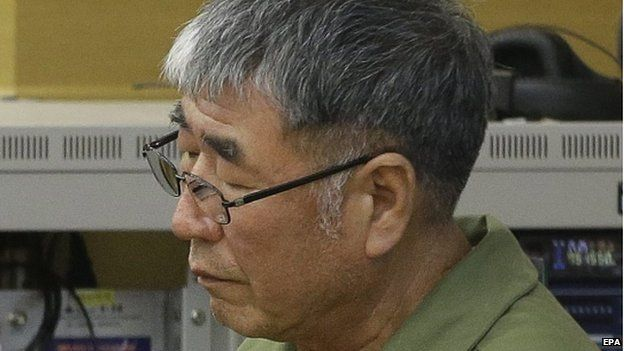 Lee Joon-seok, the captain of the sunken South Korean ferry Sewol, sits as he waits for his verdict, as the ship's crew members are charged with negligence and abandonment of passengers in the 16 April 2014 disaster, at Gwangju High Court in Gwangju, South Korea, 28 April 2015