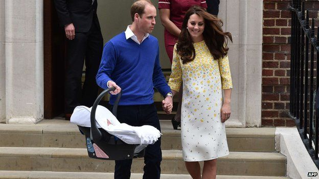 Duke and Duchess of Cambridge leave Lindo Wing of St Mary's Hospital with their newly-born baby daughter