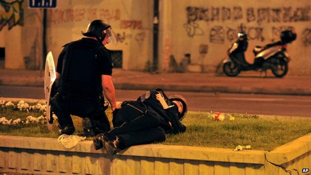 Policeman lies wounded in Skopje