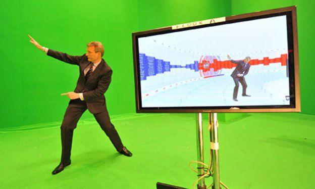 Jeremy Vine practising for the swingometer