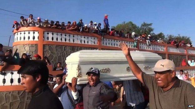 Funeral of construction worker Henry Checlla, May 6 2015
