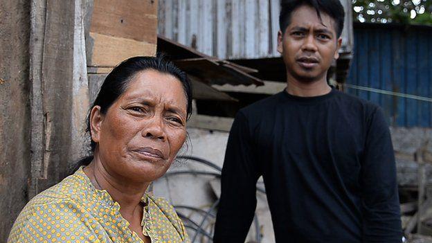 Jainol and his mum