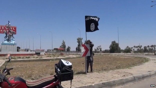 Image from a video released by the Amaq news agency purporting to show Ramadi after Islamic State took control, 18 May