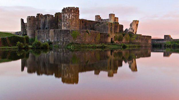 Castell Caerffili - Sara Davies, Cadeirydd Pwyllgor Gwaith Eisteddfod Caerffili a'r Cylch 2015