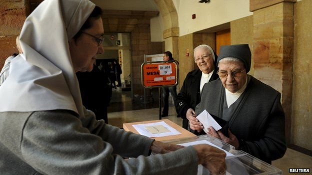 Nuns voting in Spain's local elections