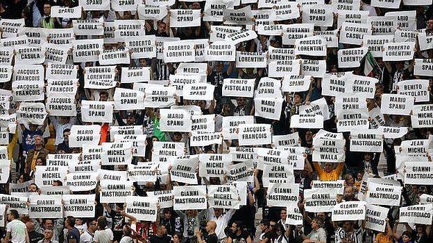 Juventus fans remember the Heysel disaster