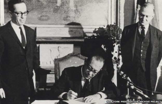 Mayor Wagner Signing Landmarks Law