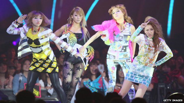 2NE1 performing in Japan 2012
