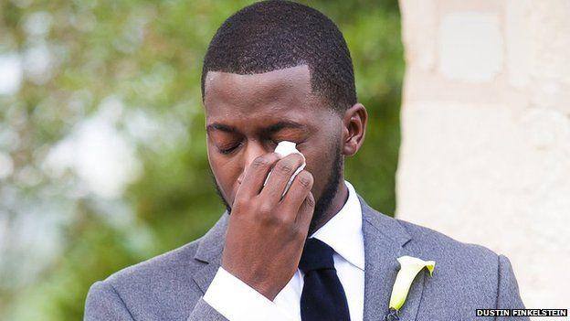 How one couple's wedding photos became an internet meme - BBC News