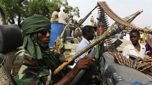 A fighter from the Sudanese Rapid Support Forces in the city of Nyala, south Darfur (03 May 2015)