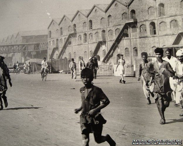 Locals flee from the Bombay docks in 1944, a major wartime accident which killed hundreds