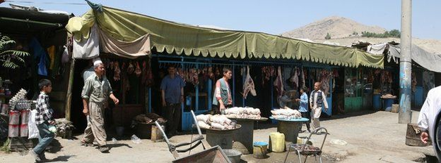 The bazaar in Sangin