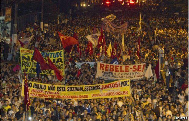 Protest march in Sao Paulo, Brazil (17 June 2013)
