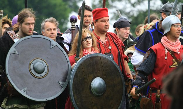The Harts faction prepares for battle. Photo by Andy Law