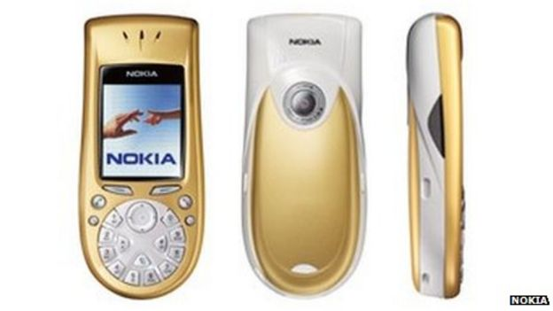 Nokia: The rise and fall of a mobile giant - BBC News