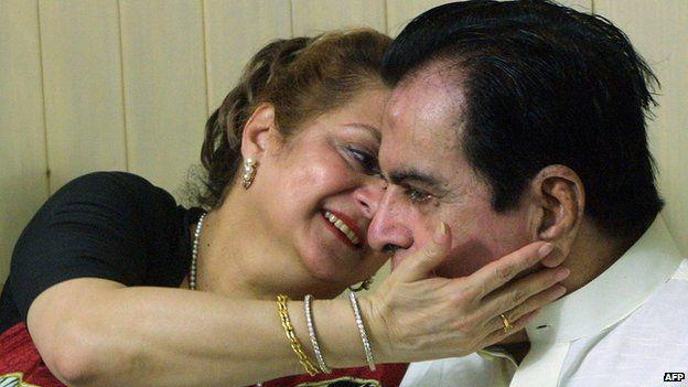 Actor Dilip Kumar with wife Saira Banu