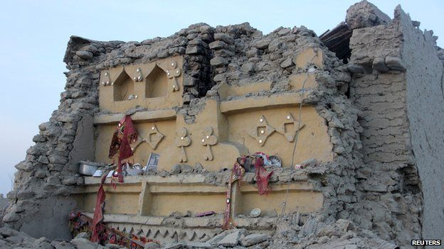 Rubble of a house in Awaran, Balochistan, on 25 September 2013