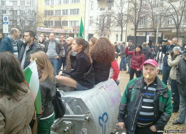 Protesters in Sofia, 12 November (photo by Anna Stambolieva)