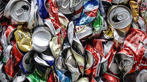 crushed aluminium cans