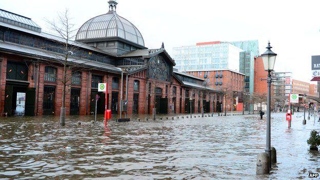 Flooded fish market in Hamburg, 6 Dec 13