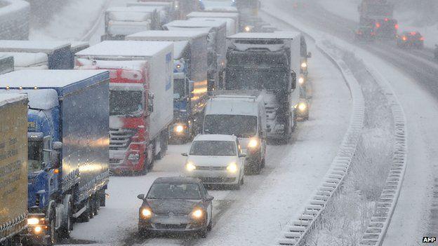 Traffic jam in snow at Olpe, Germany, 6 Dec 13