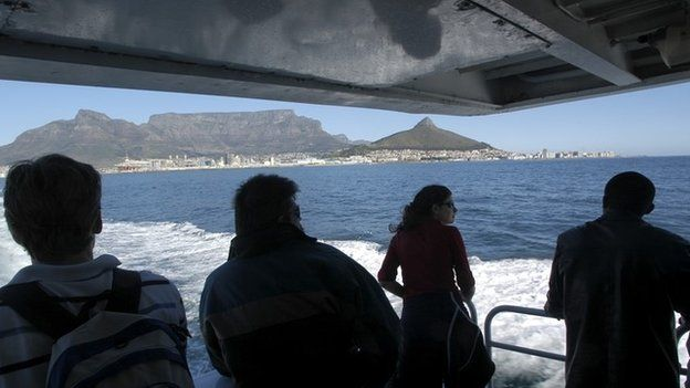 A boat to Robben Island