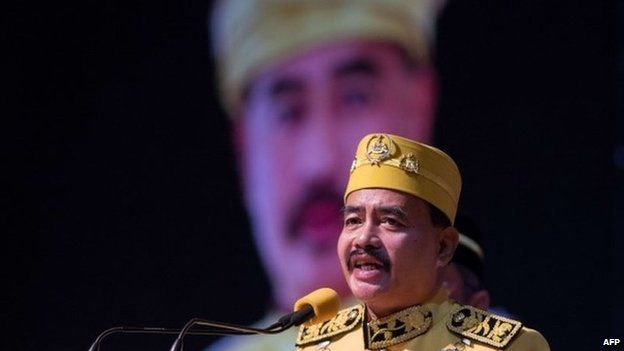 This picture taken on 7 September 2013 shows a self-styled royal Raja Noor Jan Shah Raja Tuah Shah delivering his royal speech in Putrajaya, outside Kuala Lumpur in Malaysia