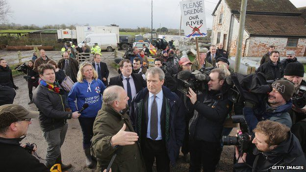Owen Paterson and residents discuss flooding