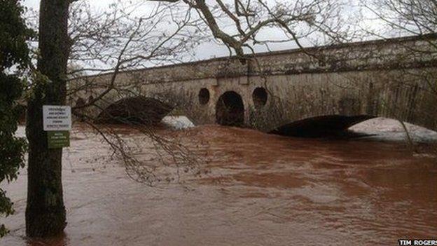 River Usk at Abergavenny, 8 Feb 2014