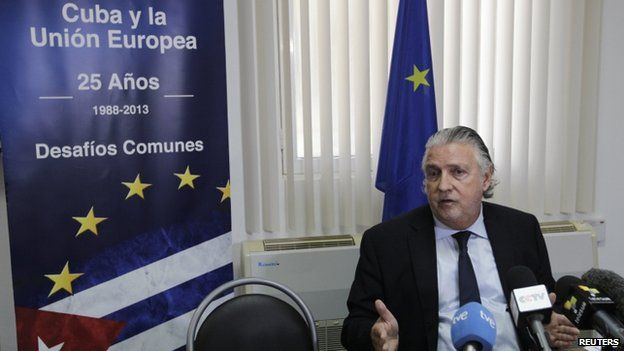 EU ambassador to Havana, Herman Portocarero, at a press conference in Havana (10 February 2014)