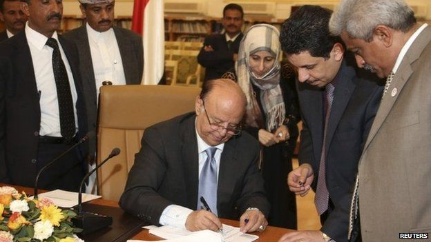 President Abdrabbuh Mansour Hadi gives approval to plans for Yemen to become a federation of six regions (10 February 2014)