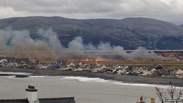 Borth bog fire - photo by Bryn Jones
