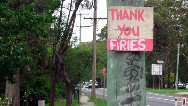 A sign thanking local firemen for their work fighting the Australian bushfires