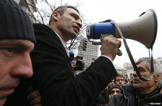 Vitali Klitschko speaks to a crowd in Kiev, 22 February