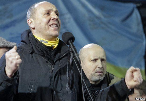 Andriy Parubiy addresses demonstrators in Kiev, 26 February
