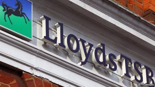Lloyd sign