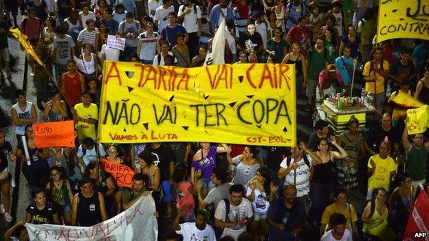 Protest in Brazil, 14 Feb 14
