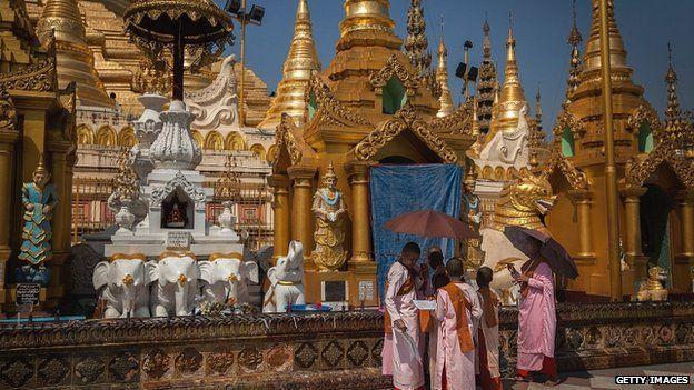 Buddhist festival, Yangon, March 2014