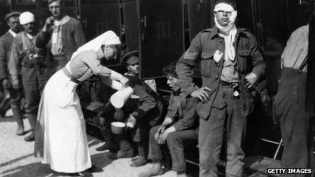 World War One: The many battles faced by WW1's nurses - BBC News