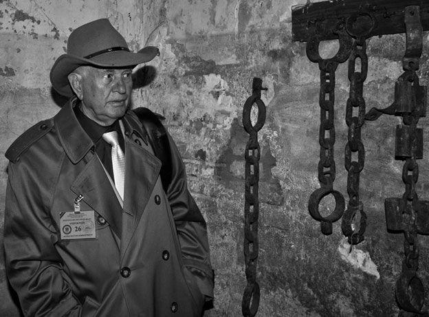 Ion wore 45 kilos of chains in Jilava prison