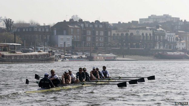 The Oxford University rowing crew